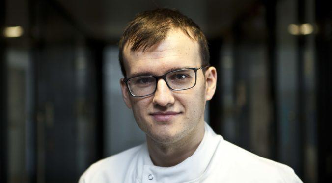 Dr. Joaquin Mateo